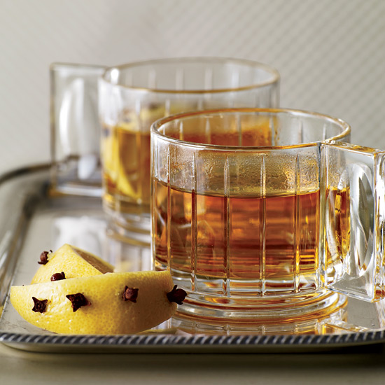 Hot whiskey punch recipe for Hot tea with whiskey
